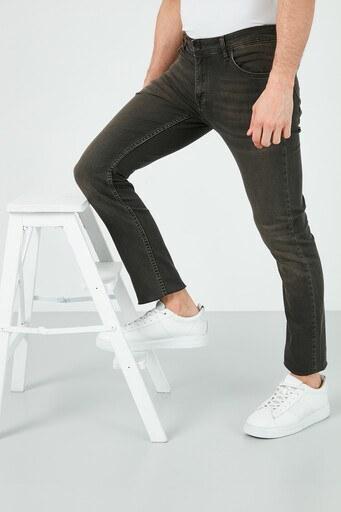 Buratti Pamuklu Slim Fit Dar Paça Jeans Erkek Kot Pantolon 7508H221NEWARTOS HAKİ