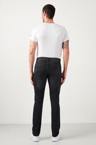 Buratti Pamuklu Slim Fit Dar Paça Jeans Erkek Kot Pantolon 7508H714NEWARTOS SİYAH