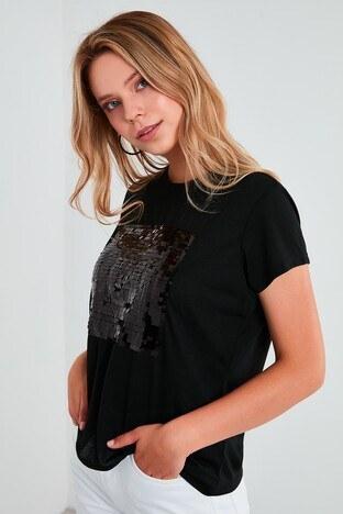 Fashion Friends Pul Payetli Bisiklet Yaka Bayan T Shirt 21Y0499B1 SİYAH