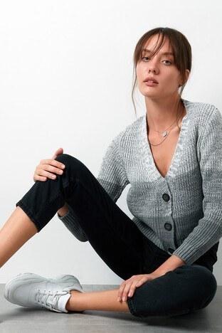 Lela % 100 Soft Akrilik Renk Bloklu Triko Örme Bayan Hırka 4615045 EKRU-GRİ