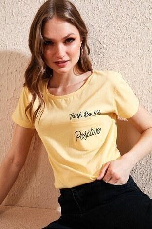 Lela - Lela Bisiklet Yaka Cep Detaylı Bayan T Shirt 5411026 SARI