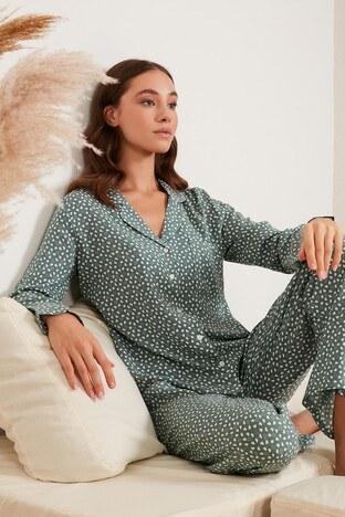 Lela - Lela Desenli Beli Lastikli Cep Detaylı Gömlek Yaka Takımı Bayan Pijama 6110116 AÇIK YEŞİL
