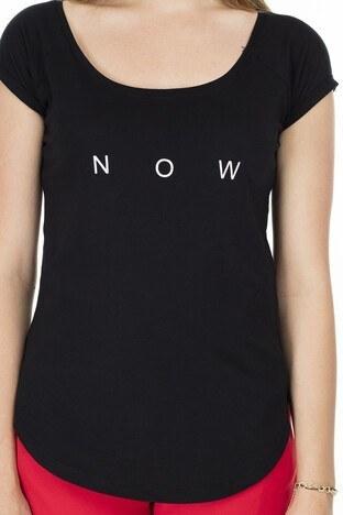 Lela Yazı Detaylı Havuz Yaka Bayan T Shirt 5411011 SİYAH