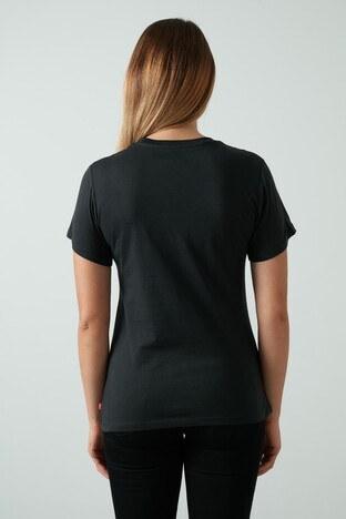 Levis % 100 Pamuklu Baskılı Bisiklet Yaka Bayan T Shirt 17369-1317 SİYAH