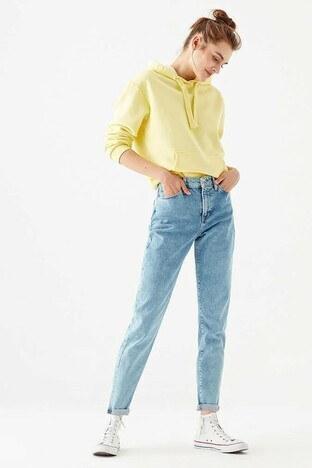 Mavi - Mavi Cindy Pamuklu Yüksek bel Dar Paça Mom Jeans Bayan Kot Pantolon 100277-26138 AÇIK MAVİ